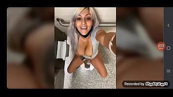 Белокурая шлюха занялась порно с ебарем вскоре после мастурбации самотыком