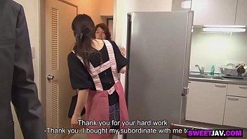 Молодой начальник пердолит зрелую секретаршу