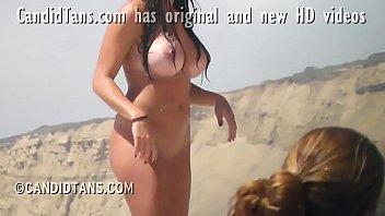 Юноша принял с красивой тёлкой душ и вскоре после нежного траха создал ей массаж